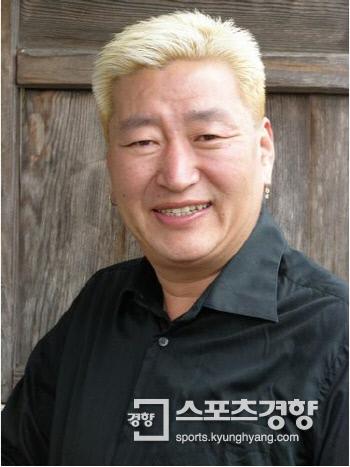 탤런트 유퉁