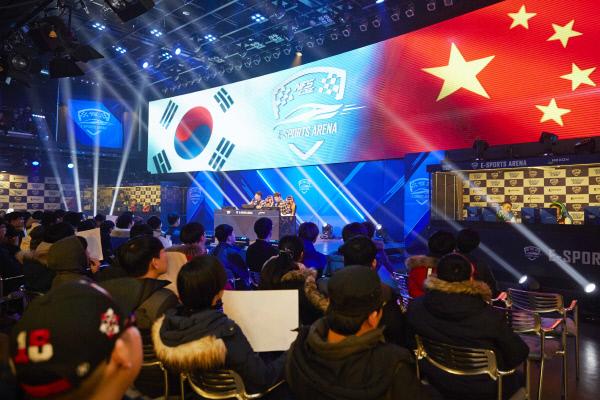 넥슨은 지난달 <니드포스피드 엣지> 토너먼트 대회를 비롯해 중국 대표팀과 국가대항전을 진행해 팬들의 호응을 얻었다.