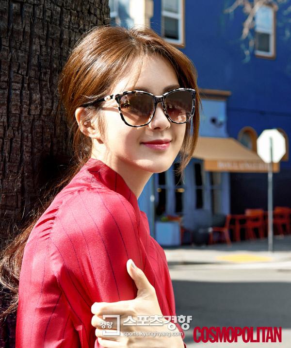 배우 이요원 미국 샌프란시스코 화보. 사진 코스모폴리탄