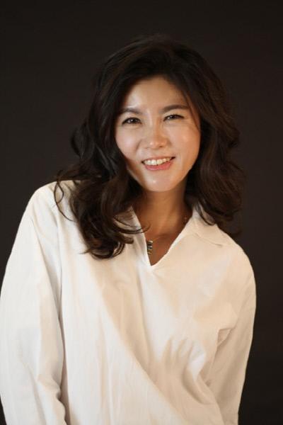 '칸의 여제' 배우 이승연, 다인엔터와 전속계약…'드라마 스테이지-파고'로 만난다   인스티즈