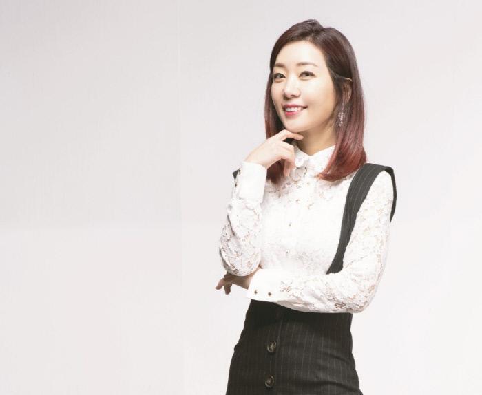 트로트가수 홍시 29일 고양어울림누리 웨딩홀에서 첫 팬미팅