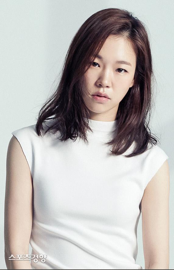 배우 한예리. 사진 마리끌레르