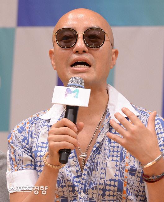 방송인 홍석천. 이석우 기자