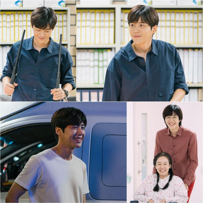 월화 안방극장 고반장 앓이 전파 중인 배우 김선호 '유령을 잡아라'. tvN 제공