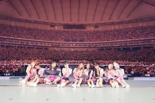 트와이스 도쿄돔 콘서트 모습. JYP엔터테인먼트 제공.