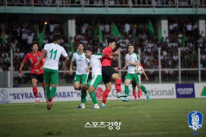 지난 9월 한국과 투르크메니스탄의 2022 카타르월드컵 2차예선 경기. 대한축구협회 제공