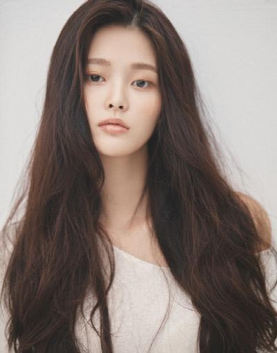 배우 박지원. FNC 엔터테인먼트 제공.