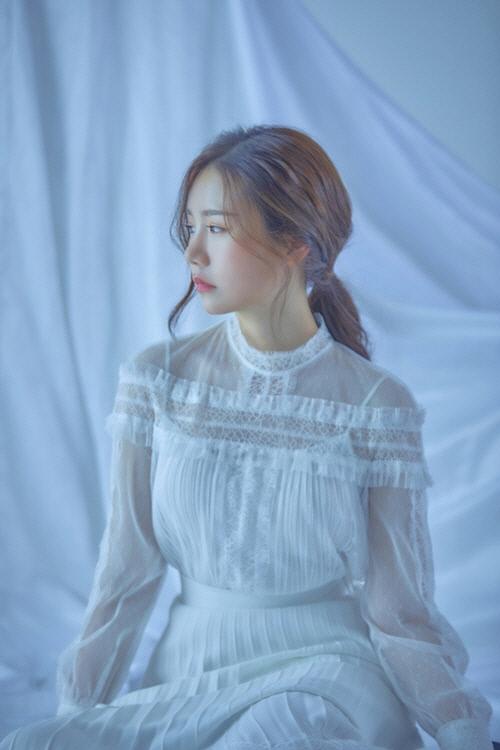 [종합] 영탁·송하예, 연이은 사재기 의혹…결국 앤스타컴퍼티 폐업 결정 | 인스티즈